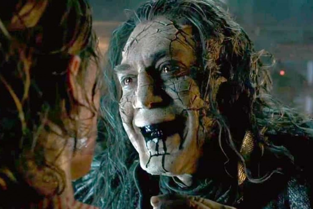 Pirates-of-the-Caribbean-Dead-Men-Tell-No-Tales-New-Trailer-2