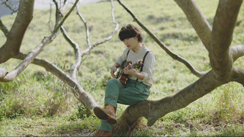 セカオワFukaseが1800万再生の神曲「RAIN」アコギverをCMで披露